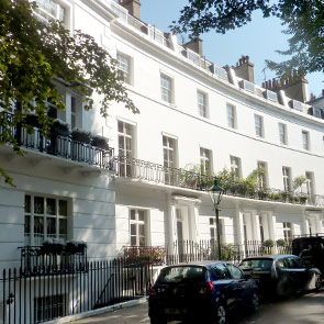 South Kensington Comprises Some Beautiful Quintessentially English  Architecture; White Stucco Fronted Terraced Houses As Well As Some More  Ornate Apartment ...